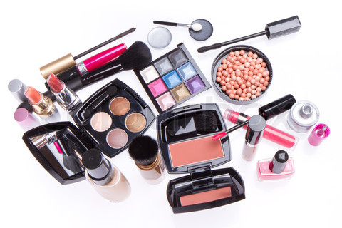 Makeup that compliments your skin tone