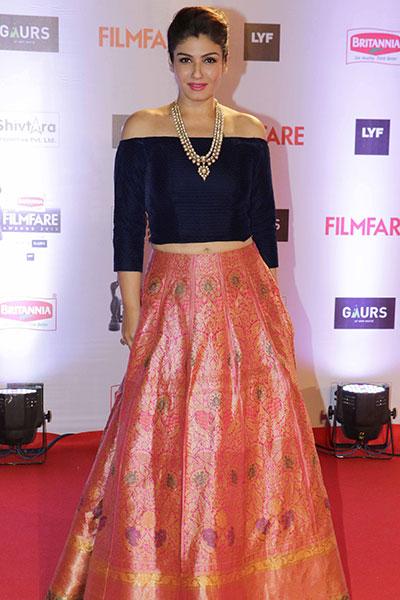 raveena tandon at Filmfare 2016