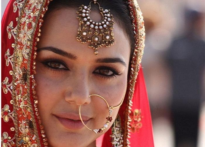 #PreitykiShaadi – All The Juicy Details!