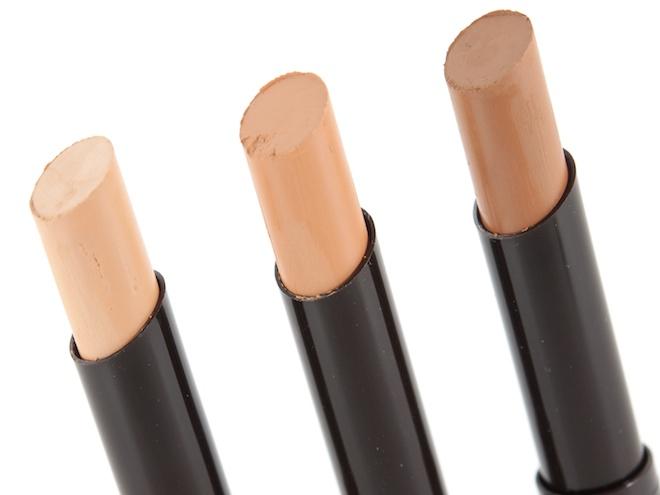 Makeup Bag Essentials for Intermediates