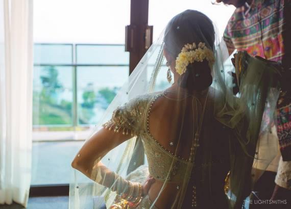 Solo Candid Bridal Picture