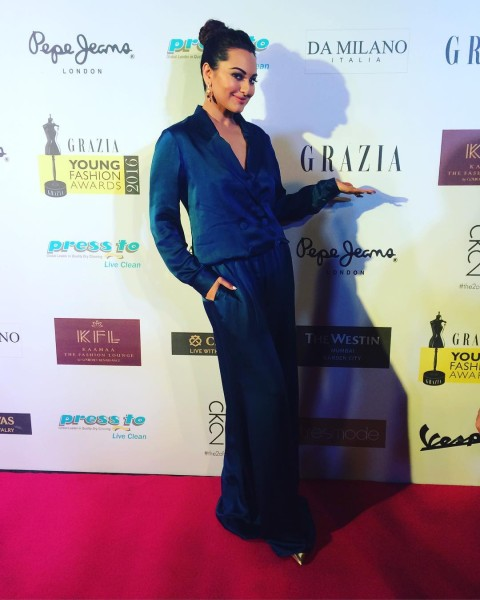 Bollywood Celebs Who Gave Us Style Goal at GYFA 2016