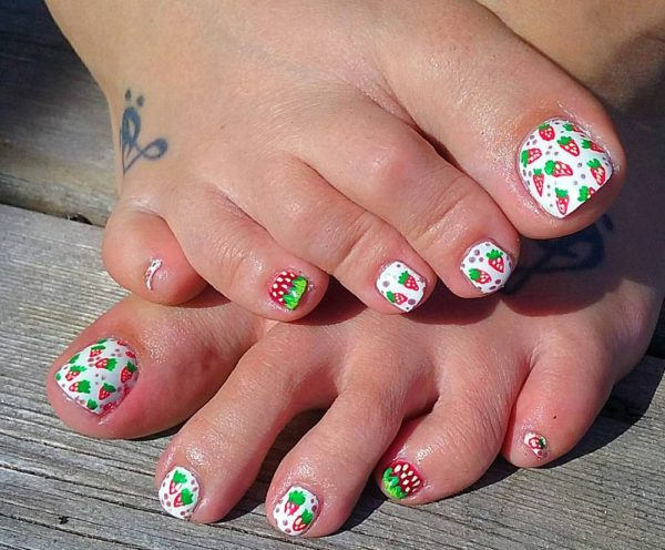 Vibrant Nail Arts For a Perfect Summer