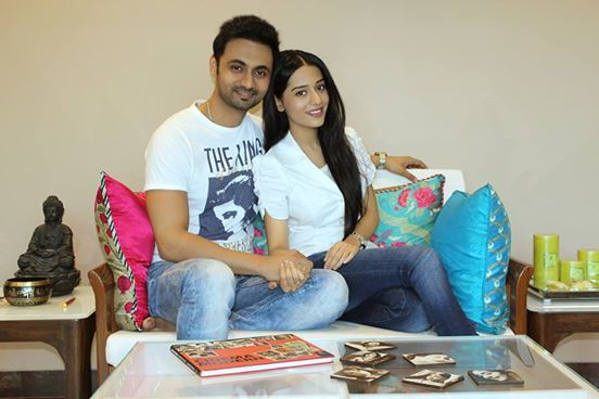 Actress Amrita Rao Ties a Knot