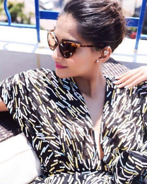 Bollywood Divas Rocked the Top Bun Hairstyle