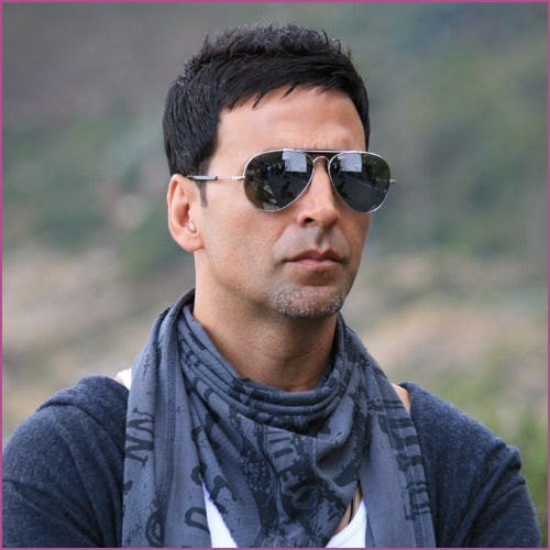 Bollywood Star Donating Lakhs to the #UriAttack Martyr Families