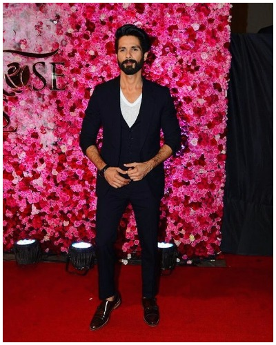 Shahid Kapoor at Lux Golden Rose Awards Red Carpet