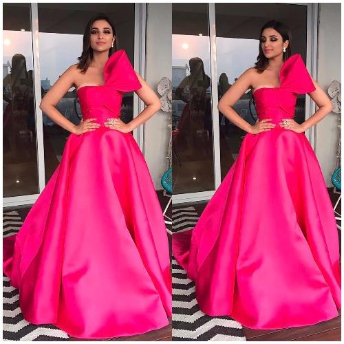 Parineeti Chopra at Filmfare Awards 2017 Red Carpet!