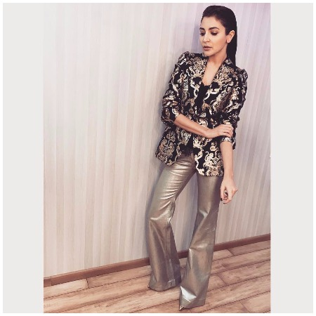 Anushka Sharma Best Dressed Bollywood Actors at Mirchi Music Awards 2017