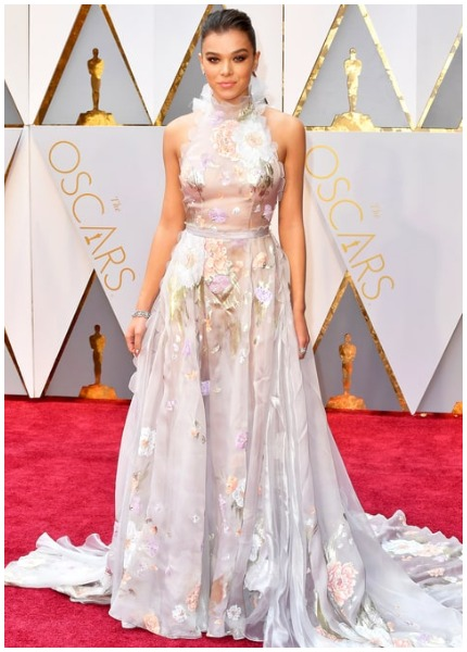 Hailee Steinfeld best dressed actress at Oscars 2017