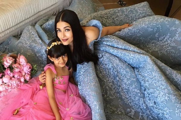 photoshoot of Aishwarya Rai with daughter Aaradhya from Cannes 2017
