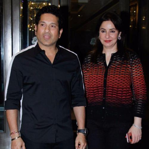 Zaheer Khan Sagarika Ghatge Officially Engaged Virat Anushka attended