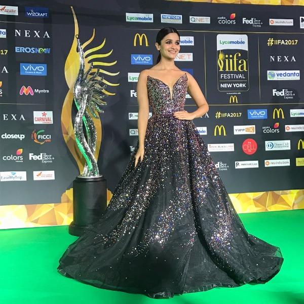 Alia Bhatt Best Dressed IIFA2017