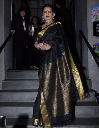 Rekha attend Jitesh Birthday bash