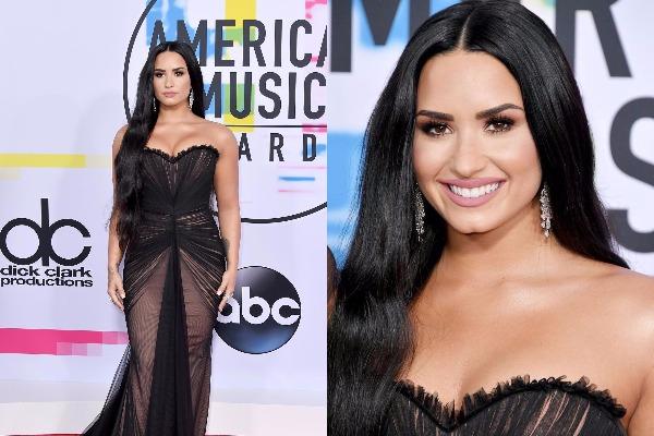 Demi Lovato at American Music Awards 2017